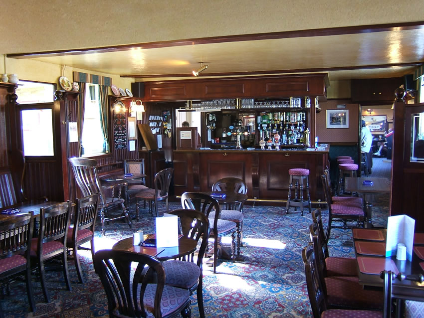 Lounge Bar at Weybridge Pub on River Thames and Wey Navigation