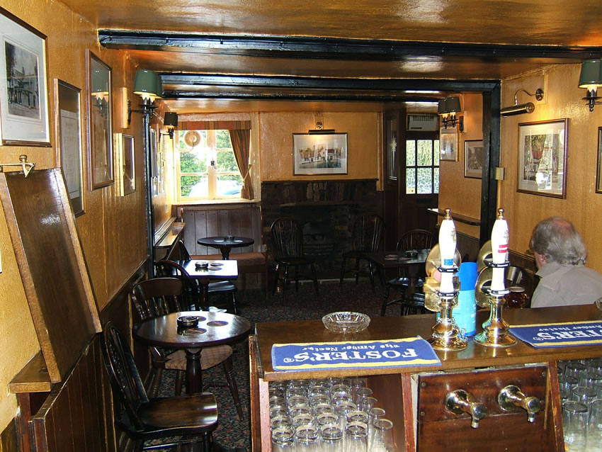 Snug Bar at Weybridge Historic Pub - The Old Crown